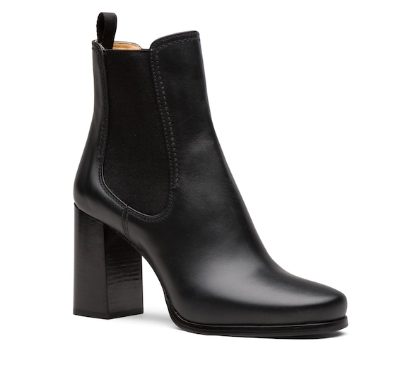 CALF LEATHER BOOTIES